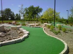 Mini golf course hole